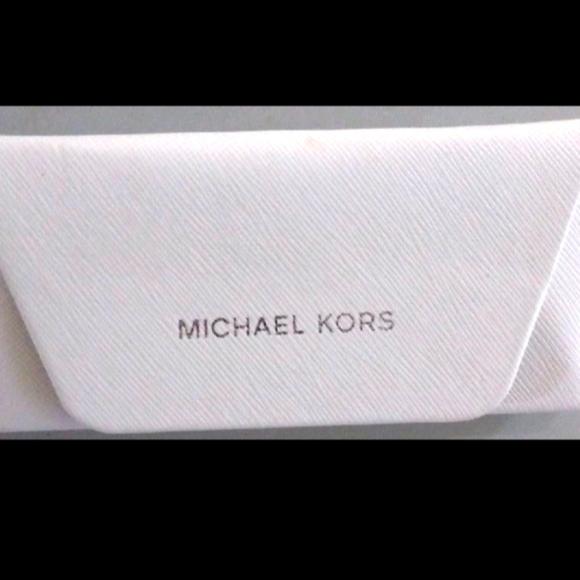 Micheal Kors glasses case